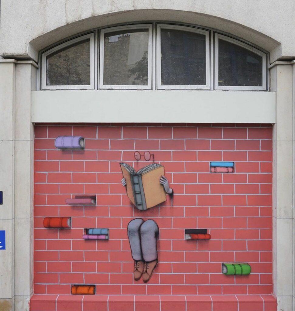 """© Seth, """"Le passe muraille"""", Marché des Batignolles, France, 2019"""